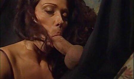 Rotschopf Delila Liebling erotik clips kostenlos auf der Couch