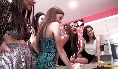 Zwei Amateur Girls von erotik video clips kostenlos Guy gefickt