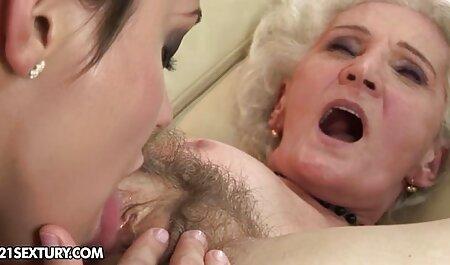 Geile reife Mutter bekommt jungen Mann, um ihre Löcher erotik clips kostenlos zu füllen