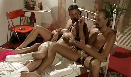 Blondes Küken, erotik clips kostenlos das Mundschwanz schlug