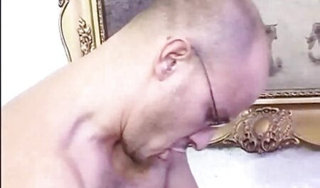 Tätowierter Rocker fickt Mädchen porno clips free und Kerl