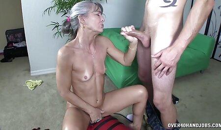 BBW Amateur MILF in Bodystockings kurze porno clips masturbiert